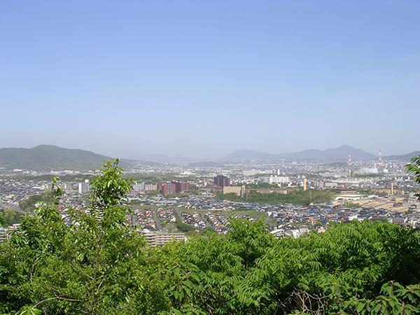 霊山日峯山